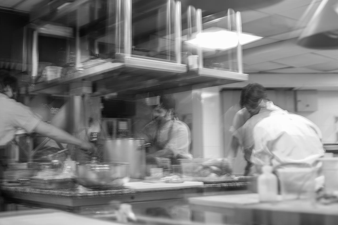 https://www.chilarestaurant.com/practicas-en-la-cocina-por-donde-todo-cocinero-arranca/screen-shot-2020-11-19-at-18-01-33/