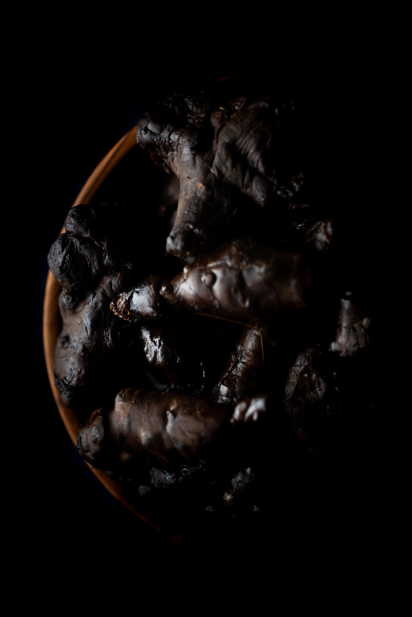 https://www.chilarestaurant.com/vegetales-negros/07_07_chila-2568/