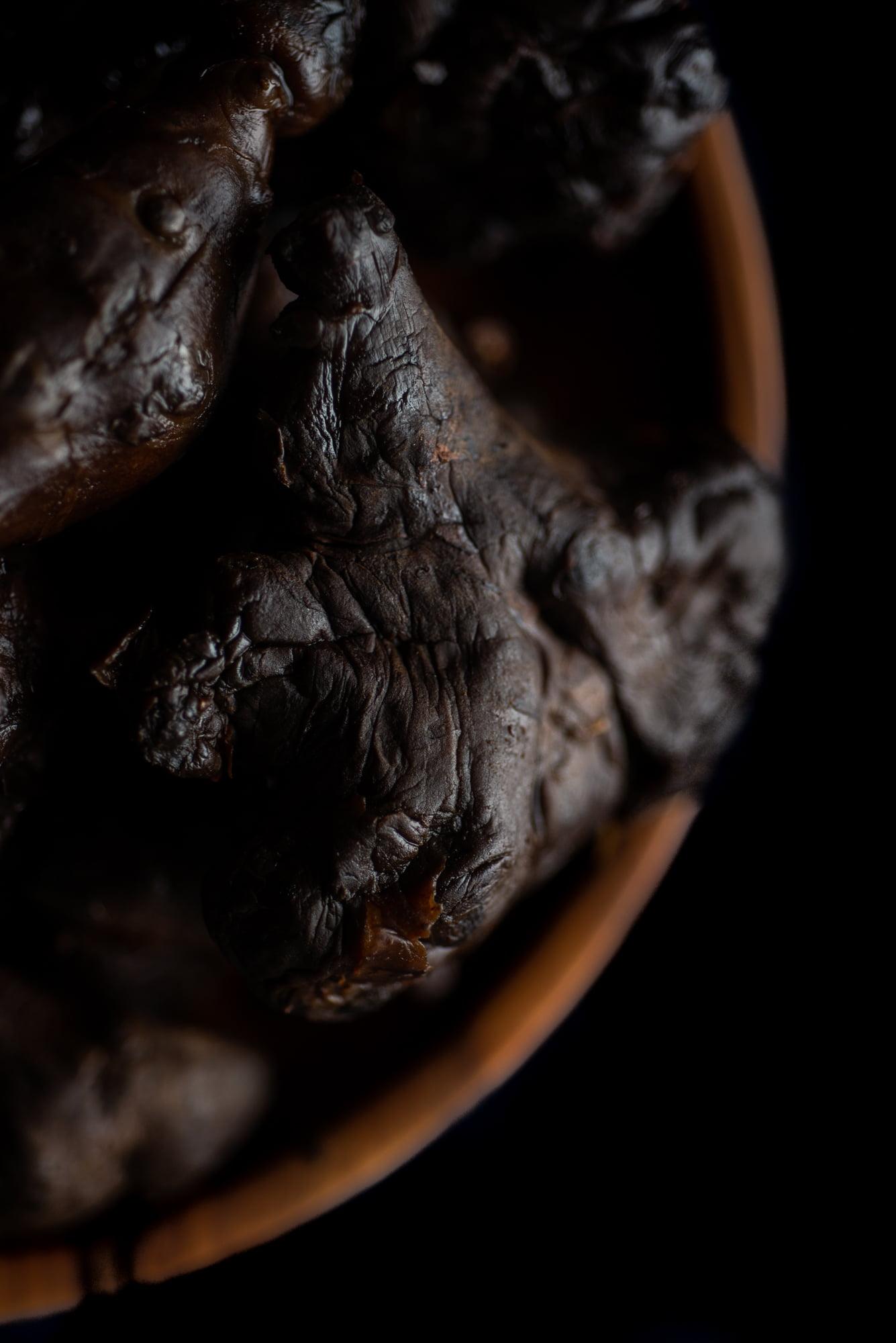 https://www.chilarestaurant.com/vegetales-negros/07_07_chila-2574/