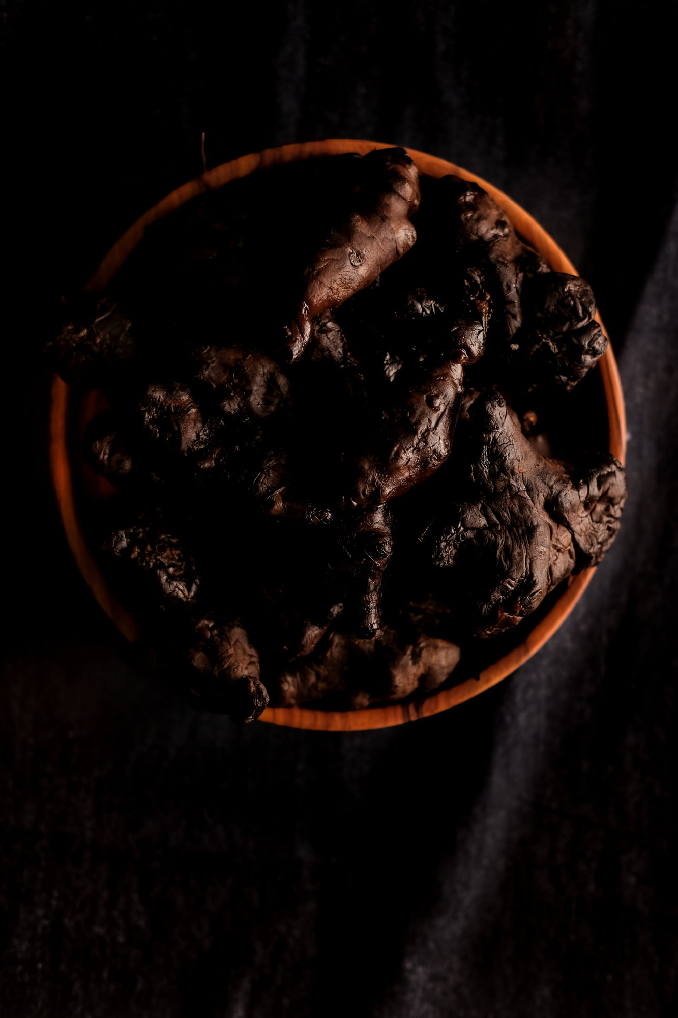 https://www.chilarestaurant.com/vegetales-negros/07_07_chila-7769/